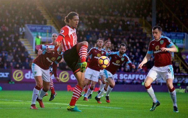 BURNLEY, ENGLAND - Saturday, January 14, 2017: Southampton's Virgil Van Dijk in action against Burnley during the FA Premier League match at Turf Moor. (Pic by David Rawcliffe/Propaganda)