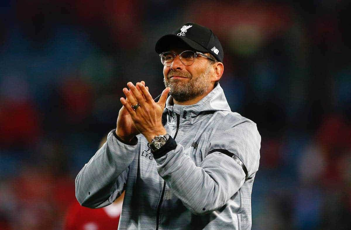 SYDNEY, AUSTRALIA - Wednesday, May 24, 2017: Liverpool's manager Jürgen Klopp applauds the supporters after a post-season friendly match against Sydney FC at the ANZ Stadium. (Pic by Jason O'Brien/Propaganda)