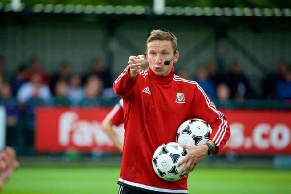 NEWPORT, WALES - Sunday, May 28, 2017: Liverpool FC's first-team development coach Pepijn Lijnders gives a practical demonstration during day three of the Football Association of Wales' National Coaches Conference 2017 at Dragon Park. (Pic by David Rawcliffe/Propaganda)