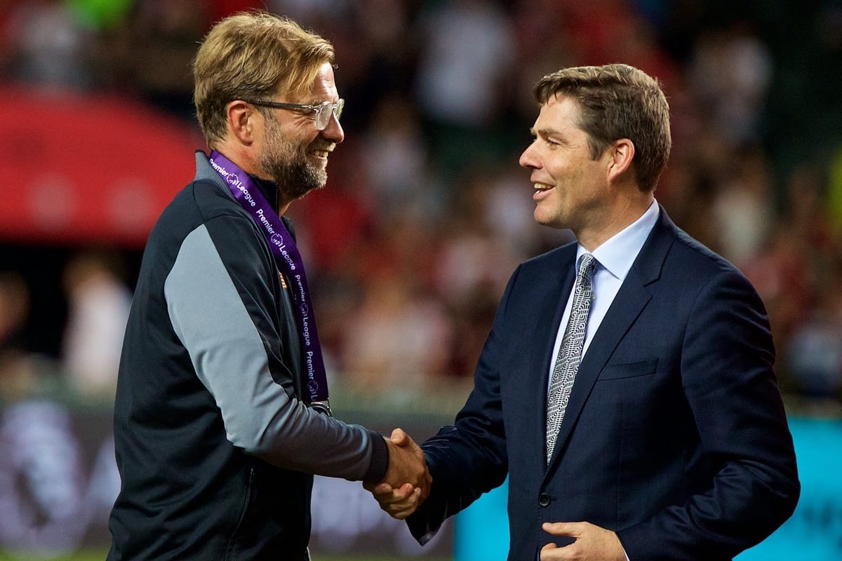 HONG KONG, CHINA - Saturday, July 22, 2017: Liverpool's manager Jürgen Klopp is presented with his medal after beating Leicester City 2-0 during the Premier League Asia Trophy final match between Liverpool and Leicester City at the Hong Kong International Stadium. (Pic by David Rawcliffe/Propaganda)