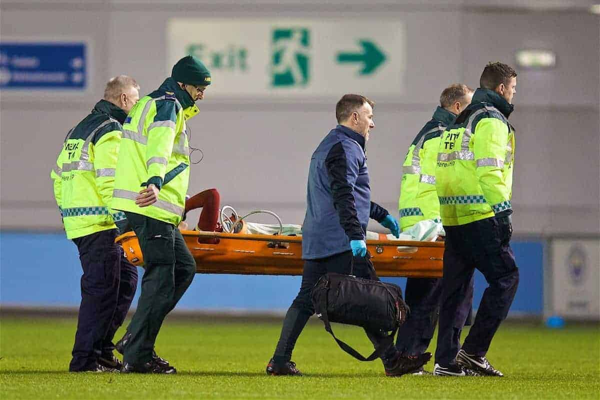 MANCHESTER, ENGLAND - Friday, January 12, 2018: Liverpool's Rhian Brewster is given oxygen as he is carried off injured during the Under-23 FA Premier League 2 Division 1 match between Manchester City and Liverpool at the Academy Stadium. (Pic by David Rawcliffe/Propaganda)