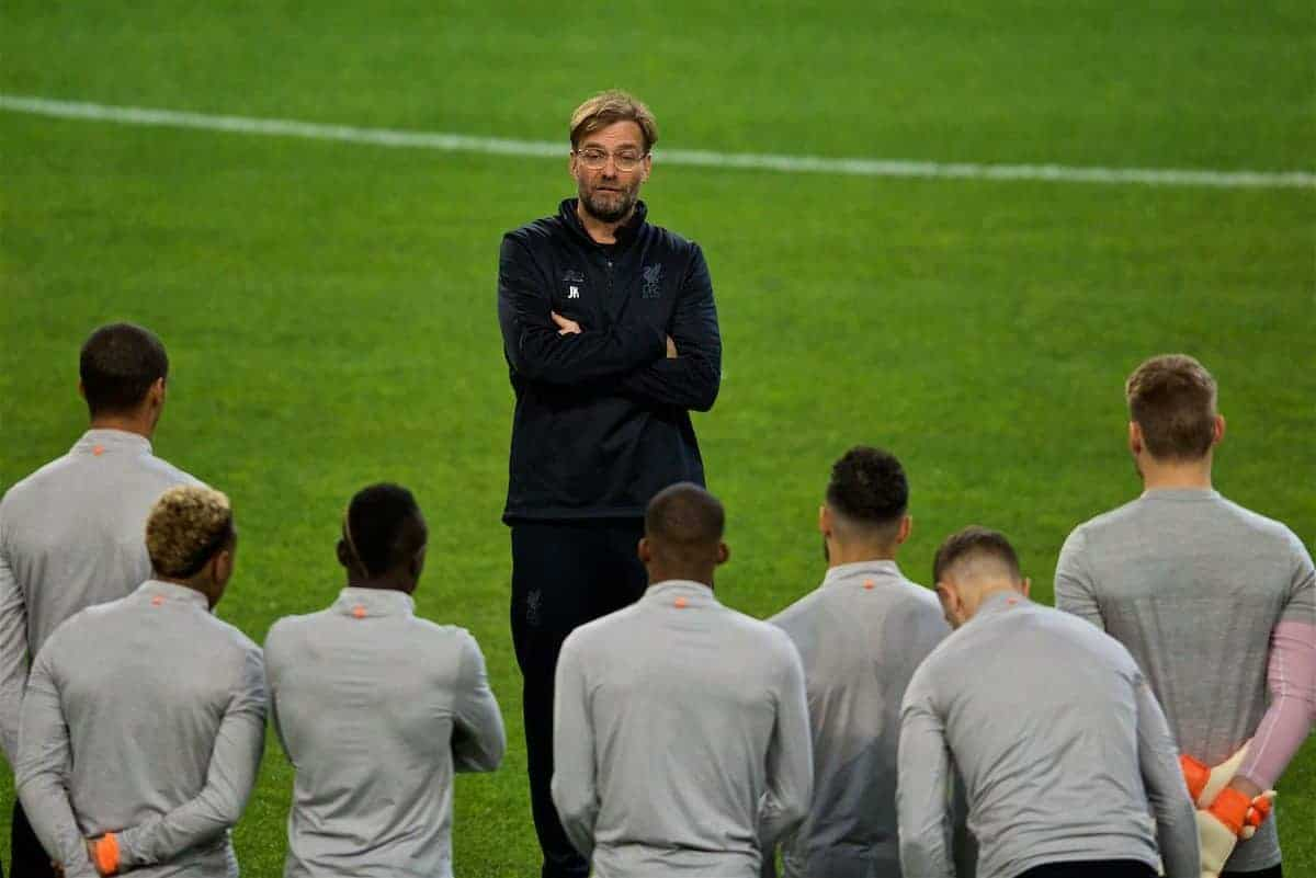 PORTO, PORTUGAL - Tuesday, February 13, 2018: Liverpool's manager Jürgen Klopp speaks to his players during a training session at the Estádio do Dragão ahead of the UEFA Champions League Round of 16 1st leg match between FC Porto and Liverpool FC. (Pic by David Rawcliffe/Propaganda)