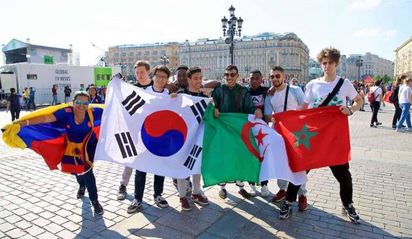 MOSCOW, RUSSIA - Monday, June 18, 2018: Supporters from Colombia, South Korea, Algeria and Morocco in Moscow's Red Square during the FIFA World Cup Russia 2018. (Pic by David Rawcliffe/Propaganda)
