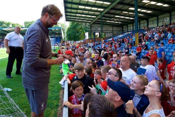BURY, ENGLAND - Saturday, July 14, 2018: Liverpool's manager Jürgen Klopp signs autographs for supporters before a preseason friendly match between Bury FC and Liverpool FC at Gigg Lane. (Pic by Paul Greenwood/Propaganda)