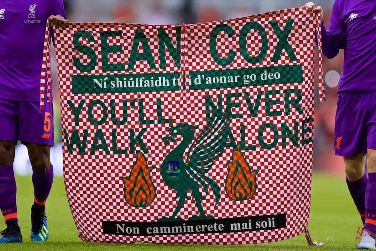 "DUBLIN, REPUBLIC OF IRELAND - Saturday, August 4, 2018: Liverpool's Georginio Wijnaldum and Andy Robertson with a banner ""Sean Cox You'll Never Walk Alone"" after the preseason friendly match between SSC Napoli and Liverpool FC at Landsdowne Road. (Pic by David Rawcliffe/Propaganda)"
