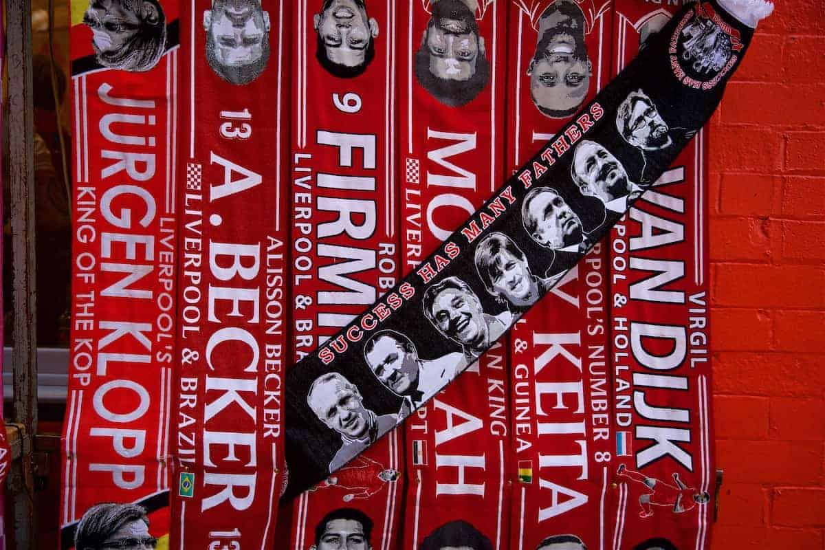 Scarves, matchday general image (Pic by David Rawcliffe/Propaganda)