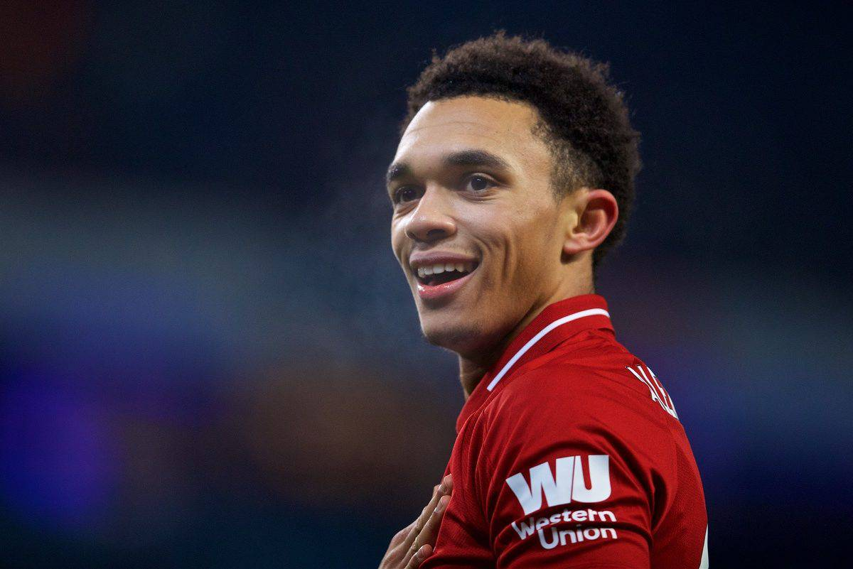 MANCHESTER, ENGLAND - Thursday, January 3, 2019: Liverpool's Trent Alexander-Arnold during the FA Premier League match between Manchester City FC and Liverpool FC at the Etihad Stadium. (Pic by David Rawcliffe/Propaganda)