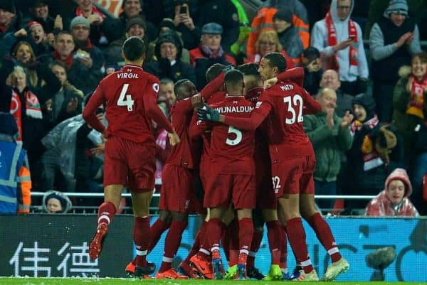 LIVERPOOL, ENGLAND - Wednesday, January 30, 2019: Liverpool's Sadio Mane celebrates scoring the opening goal with team-mates during the FA Premier League match between Liverpool FC and Leicester City FC at Anfield. (Pic by David Rawcliffe/Propaganda)