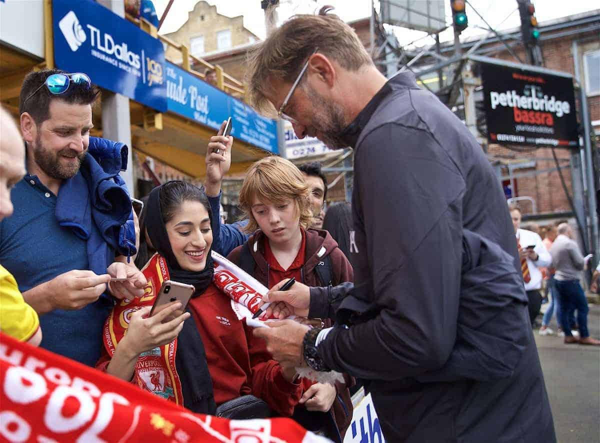 BRADFORD, ENGLAND - Saturday, July 13, 2019: Liverpool's manager Jürgen Klopp signs autographs for supporters before a pre-season friendly match between Bradford City AFC and Liverpool FC at Valley Parade. (Pic by David Rawcliffe/Propaganda)