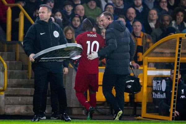 WOLVERHAMPTON, ENGLAND - Thursday, January 23, 2020: Liverpool's Sadio Mané goes off injured during the FA Premier League match between Wolverhampton Wanderers FC and Liverpool FC at Molineux Stadium. (Pic by David Rawcliffe/Propaganda)
