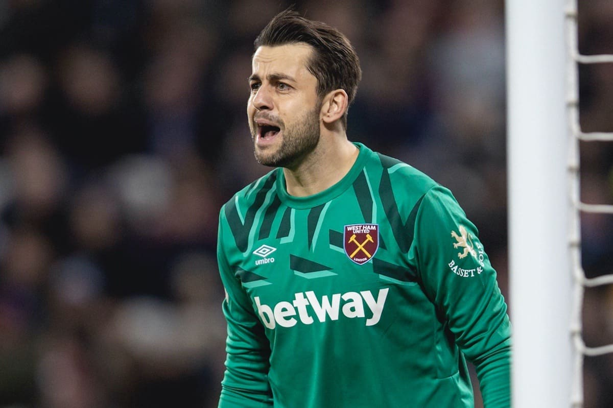 LONDON, ENGLAND - Wednesday, January 29, 2020: West Ham United's goalkeeper ?ukasz Fabia?ski during the FA Premier League match between West Ham United FC and Liverpool FC at the London Stadium. (Pic by David Rawcliffe/Propaganda)