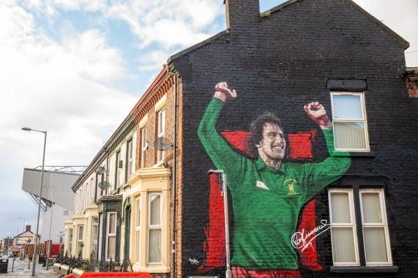 LIVERPOOL, ENGLAND - Tuesday, October 6, 2020: A street art mural of former Liverpool and England goalkeeper Ray Clemence painted on the side of a house in Wylva Road, Anfield, near Anfield Stadium. (Pic by David Rawcliffe/Propaganda)
