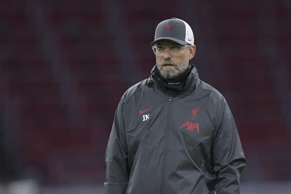 AMSTERDAM, THE NETHERLANDS - Wednesday, October 21, 2020: Liverpool's manager Jürgen Klopp during the pre-match warm-up before the opening UEFA Champions League Group D match between AFC Ajax and Liverpool FC at the Johan Cruijff ArenA. (Pic by Gerrit van Keulen/Orange Pictures via Propaganda)