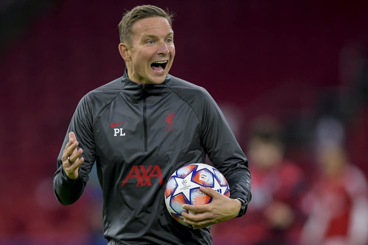 AMSTERDAM, THE NETHERLANDS - Wednesday, October 21, 2020: Liverpool's first-team development coach Pepijn Lijnders during the pre-match warm-up before the opening UEFA Champions League Group D match between AFC Ajax and Liverpool FC at the Johan Cruijff ArenA. (Pic by Orange Pictures via Propaganda)