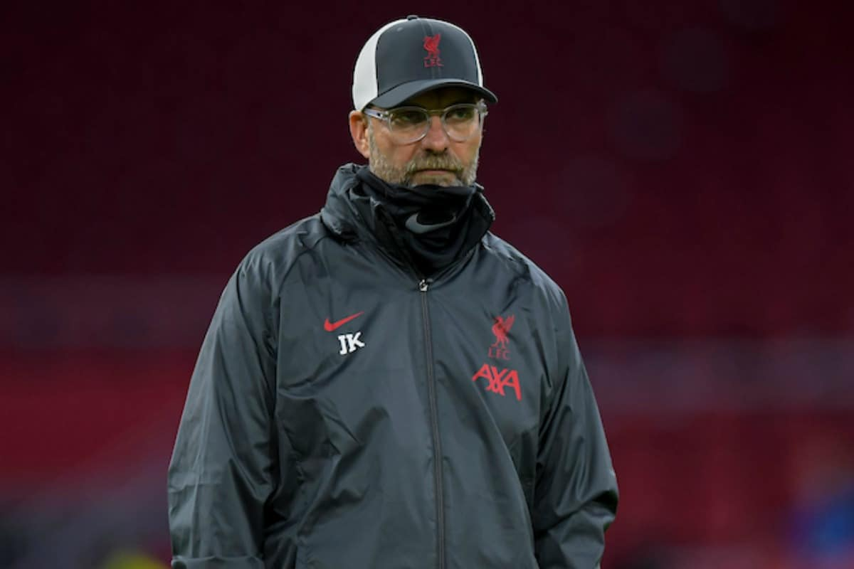 AMSTERDAM, THE NETHERLANDS - Wednesday, October 21, 2020: Liverpool's manager Jürgen Klopp during the pre-match warm-up before the opening UEFA Champions League Group D match between AFC Ajax and Liverpool FC at the Johan Cruijff ArenA. (Pic by David Rawcliffe/Propaganda)
