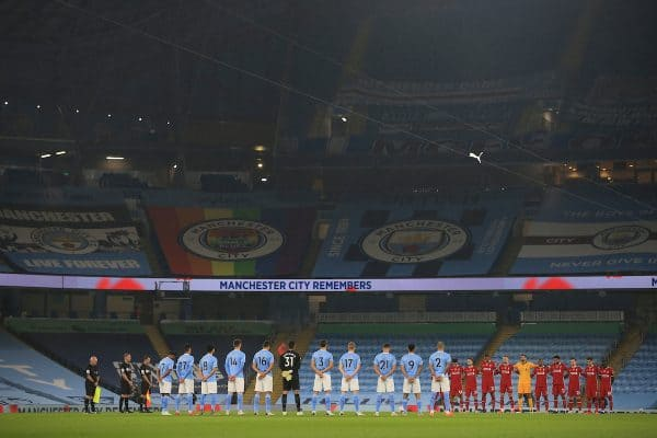 MANCHESTER, ENGLAND - Sunday, November 8, 2020: Liverpool and Manchester City players stand for a minute's silence for Remembrance Sunday before the FA Premier League match between Manchester City FC and Liverpool FC at the City of Manchester Stadium. The game was played behind closed doors due to the UK government's social distancing laws during the Coronavirus COVID-19 Pandemic. The game ended in a 1-1 draw. (Pic by Propaganda)