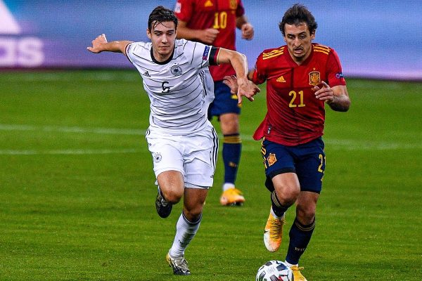 Florian Neuhaus of Germany, Mikel Oyarzabal of Spain during the UEFA Nations League match between Spain and Germany at Estadio La Cartuja de Sevilla on november 17, 2020 in Seville, Spain (Photo by Jeroen Meuwsen/Orange Pictures)