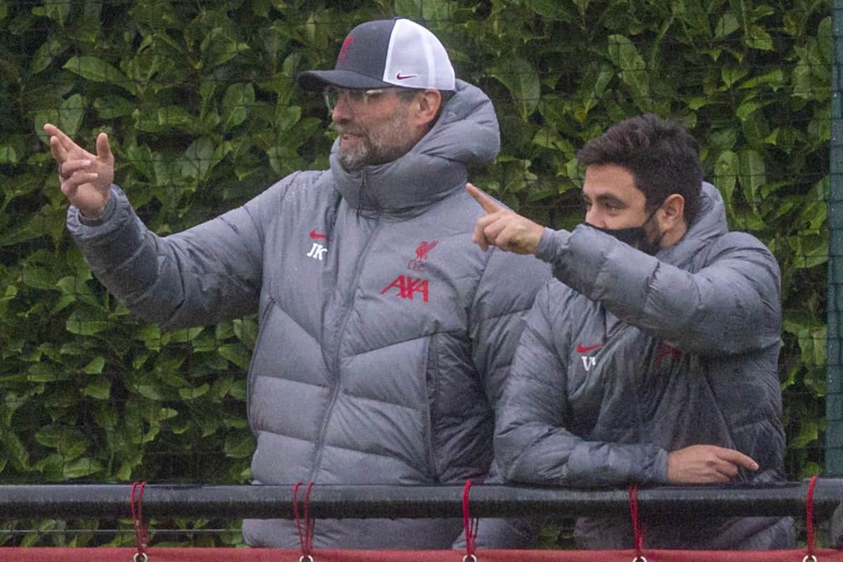 KIRKBY, ENGLAND - Saturday, November 21, 2020: Liverpool's manager Jürgen Klopp watches with his staff (L-R) elite development coach Vitor Matos, first-team development coach Pepijn Lijnders and goalkeeping coach John Achterberg during the Premier League 2 Division 1 match between Liverpool FC Under-23's and Southampton FC Under-23's at the Liverpool Academy. The game ended in a goalless draw. (Pic by David Rawcliffe/Propaganda)
