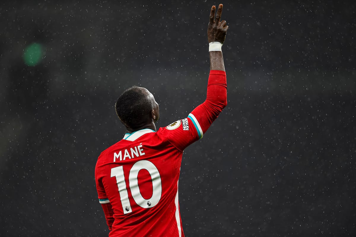 LONDON, ENGLAND - Thursday, January 28, 2021: Liverpool's Sadio Mané celebrates after scoring the third goal during the FA Premier League match between Tottenham Hotspur FC and Liverpool FC at the Tottenham Hotspur Stadium. (Pic by Propaganda)