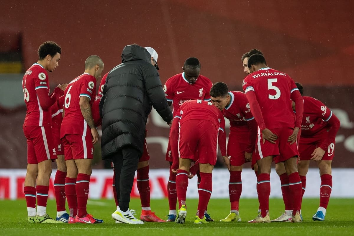 LIVERPOOL, ENGLAND - Saturday, February 20, 2021: Liverpool's manager Jürgen Klopp speaks to his players before the start of the second-half during the FA Premier League match between Liverpool FC and Everton FC, the 238th Merseyside Derby, at Anfield. Everton won 2-0, the club's first win at Anfield since 1999. (Pic by David Rawcliffe/Propaganda)