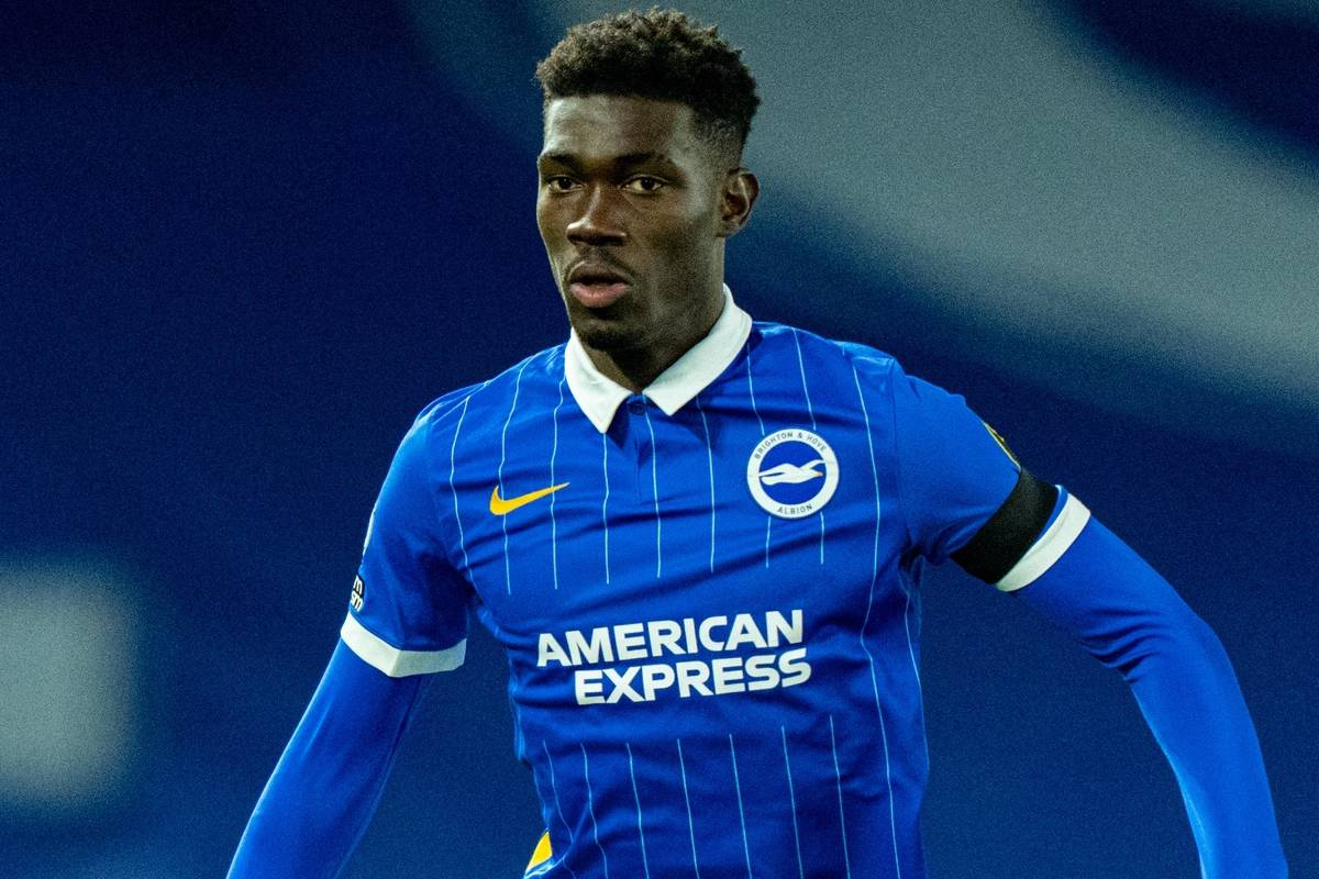 BRIGHTON & HOVE, ENGLAND - Monday, April 12, 2021: Brighton & Hove Albion's Yves Bissouma during the FA Premier League match between Brighton & Hove Albion FC and Everton FC at the AMEX Stadium. The game ended in a 0-0 draw. (Pic by David Rawcliffe/Propaganda)