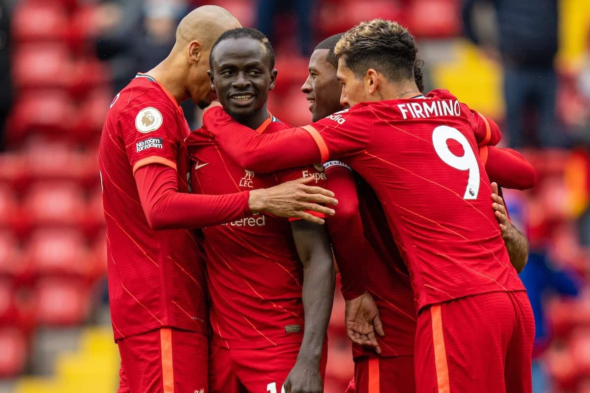 LIVERPOOL, ENGLAND - Sunday, May 23, 2021: Liverpool's Sadio Mané (2nd from L) celebrates with team-mates after scoring the second goal during the final FA Premier League match between Liverpool FC and Crystal Palace FC at Anfield. Liverpool won 2-0 and finished 3rd in the table. (Pic by David Rawcliffe/Propaganda)