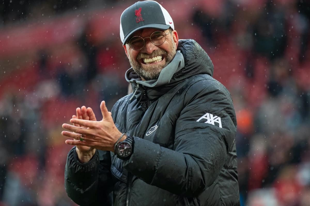 LIVERPOOL, ENGLAND - Sunday, May 23, 2021: Liverpool manager Jürgen Klopp applauds the supporters on a lap of honour after the final FA Premier League match between Liverpool FC and Crystal Palace FC at Anfield. Liverpool won 2-0 and finished 3rd in the table. (Pic by David Rawcliffe/Propaganda)