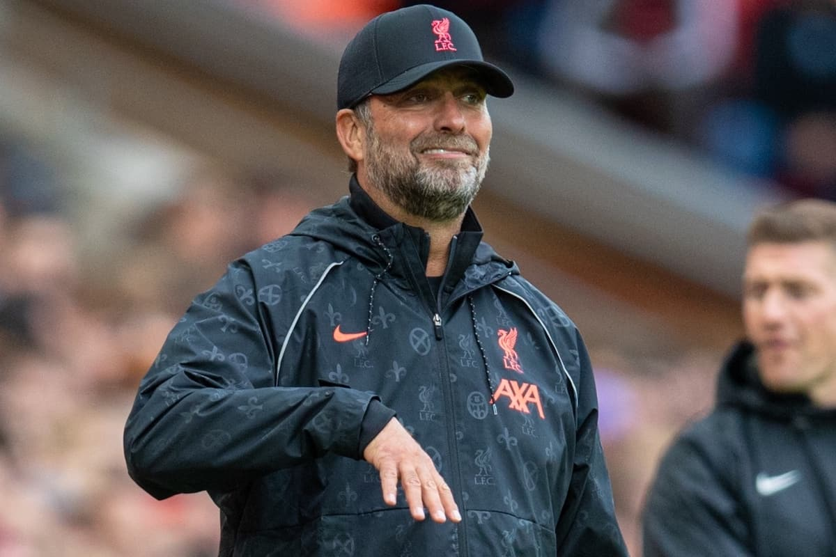 LIVERPOOL, ENGLAND - Sunday, August 8, 2021: Liverpool's manager Jürgen Klopp during a pre-season friendly match between Liverpool FC and Athletic Club de Bilbao at Anfield. The game ended in a 1-1 draw. (Pic by David Rawcliffe/Propaganda)