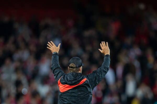 LIVERPOOL, ENGLAND - Monday, August 9, 2021: Liverpool's manager Jürgen Klopp waves to the supporters after a pre-season friendly match between Liverpool FC and Club Atlético Osasuna at Anfield. Liverpool won 3-1. (Pic by David Rawcliffe/Propaganda)