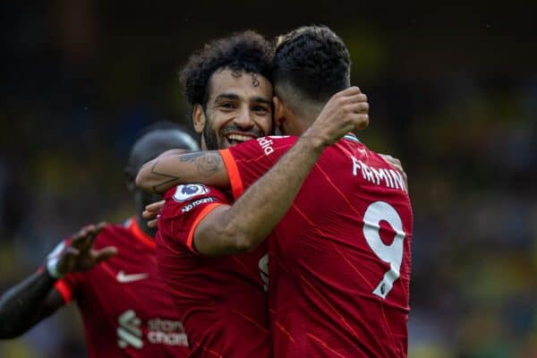 NORWICH, ENGLAND - Saturday, August 14, 2021: Liverpool's Roberto Firmino (R) celebrates with team-mate Mohamed Salah after scoring the second goal during the FA Premier League match between Norwich City FC and Liverpool FC at Carrow Road. (Pic by David Rawcliffe/Propaganda)