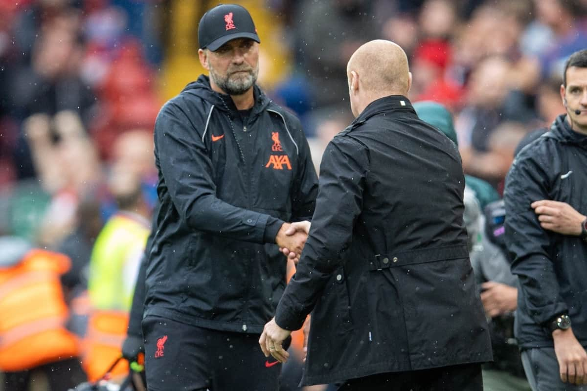 LIVERPOOL, ENGLAND - Saturday, August 21, 2021: Liverpool's manager Jürgen Klopp (L) shakes hands with Burnley's manager Sean Dyche after the FA Premier League match between Liverpool FC and Burnley FC at Anfield. Liverpool won 2-0. (Pic by David Rawcliffe/Propaganda)