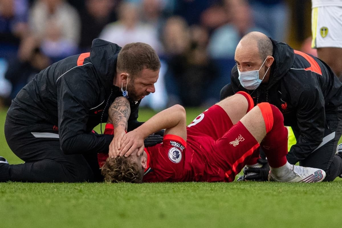 LEEDS, ENGLAND - Sunday, September 12, 2021: Liverpool's Harvey Elliott receives treatment for an ankle injury before being carried off during the FA Premier League match between Leeds United FC and Liverpool FC at Elland Road. Liverpool won 3-0. (Pic by David Rawcliffe/Propaganda)