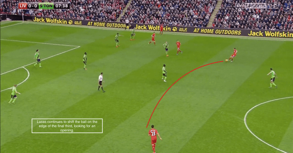 Lucas continues to shift the ball on the edge of the final third, looking for an opening.