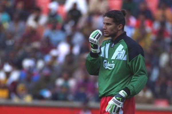 JOHANNESBURG, REPUBLIC OF SOUTH AFRICA - Sunday, May 29, 1994: Liverpool's goalkeeper David James in action against the Iwisa Kaizer Chiefs during the United Bank Soccer Festival friendly match at Ellis Park Stadium. (Pic by David Rawcliffe/Propaganda)