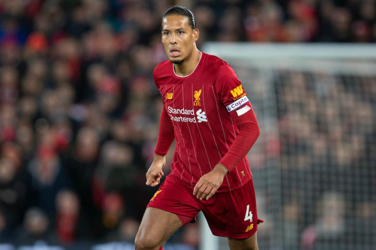 LIVERPOOL, ENGLAND - Monday, February 24, 2020: Liverpool's Trent Alexander-Arnold signals to team-mates as he takes a corner-kick during the FA Premier League match between Liverpool FC and West Ham United FC at Anfield. (Pic by David Rawcliffe/Propaganda)