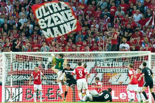 28.07.2011, Coface Arena, Mainz, GER, UEFA Europa League, Mainz 05 vs CS Gaz Metan Medias, im Bild Heinz Mueller (Mainz #33) hat den Ball sicher // during the GER, UEFA Europa League, Mainz 05 vs CS Gaz Metan Medias on 2011/07/28, Coface Arena, Mainz, Germany. EXPA Pictures © 2011, PhotoCredit: EXPA/ nph/  Roth       ****** out of GER / CRO  / BEL ******