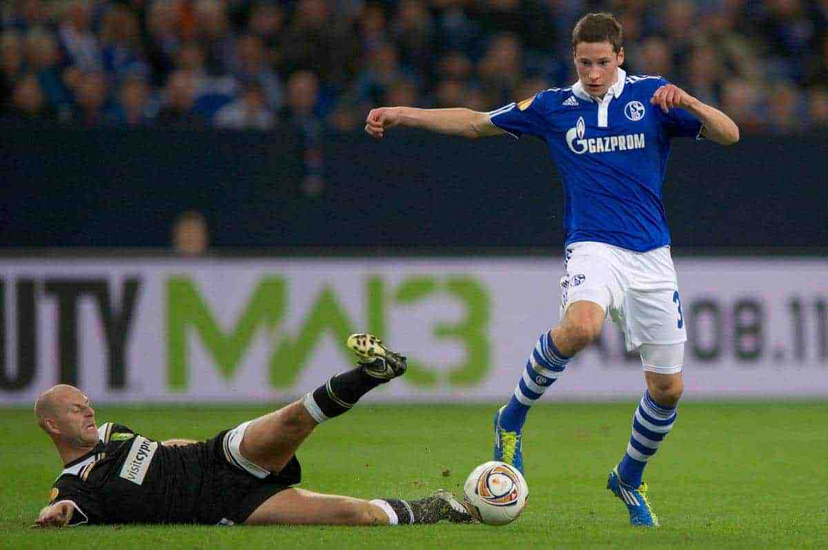 03.11.2011, Veltins Arena, Gelsenkirchen, GER, UEFA Europa League, FC Schalke 04 (GER) vs AEK Larnaca FC (CYP), im Bild Zweikampf Tim de Cler (#19 Larnaca) - Julian Draxler (#31 Schalke) // during FC Schalke 04 (GER) vs AEK Larnaca FC (CYP) at Veltins Arena, Gelsenkirchen, GER, 2011-11-03. EXPA Pictures © 2011, PhotoCredit: EXPA/ nph/ Kurth ****** out of GER / CRO / BEL ******