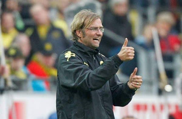 Dortmunds Trainer Jürgen / Juergen Klopp (GER) mit Daumen hoch, gibt Anweisungen, EXPA Pictures © 2010, PhotoCredit: EXPA/ nph/ Scholz+++++ ATTENTION - OUT OF GER +++++
