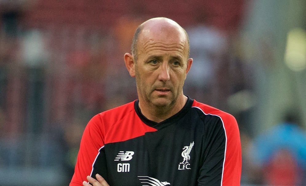 KUALA LUMPUR, MALAYSIA - Thursday, July 23, 2015: Liverpool's first team coach Gary McAllister during a training session at Bukit Jalil National Stadium on day eleven of the club's preseason tour. (Pic by David Rawcliffe/Propaganda)