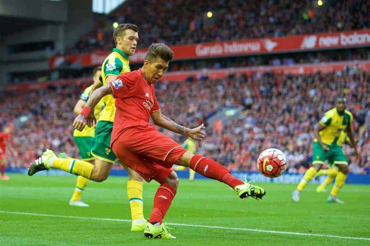 LIVERPOOL, ENGLAND - Sunday, September 20, 2015: Liverpool's Roberto Firmino in action against Norwich City during the Premier League match at Anfield. (Pic by David Rawcliffe/Propaganda)