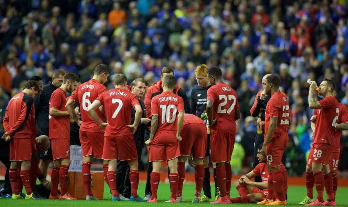 LIVERPOOL, ENGLAND - Wednesday, September 23, 2015: Liverpool's manager Brendan Rodgers giving team talk as the game goes into extra time during the Football League Cup 3rd Round match at Anfield. (Pic by David Rawcliffe/Propaganda)