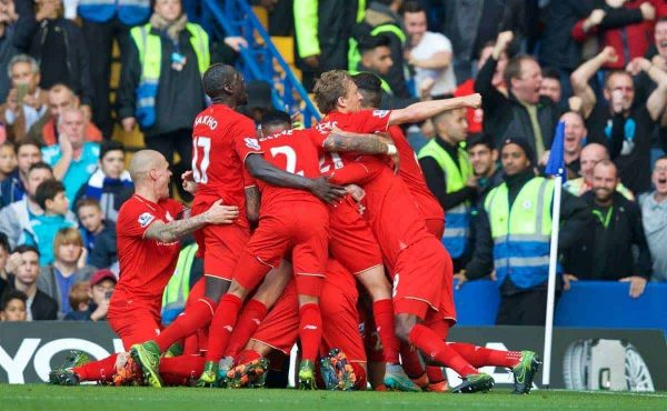 LONDON, ENGLAND - Saturday, October 31, 2015: Liverpool's Philippe Coutinho Correia celebrates scoring the second goal against Chelsea during the Premier League match at Stamford Bridge. (Pic by David Rawcliffe/Propaganda)