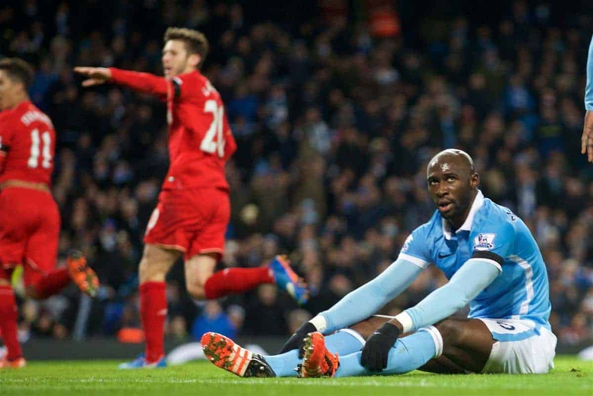 MANCHESTER, ENGLAND - Saturday, November 21, 2015: Manchester City's Eliaquim Mangala looks dejected as Liverpool score the third goal during the Premier League match at the City of Manchester Stadium. (Pic by David Rawcliffe/Propaganda)