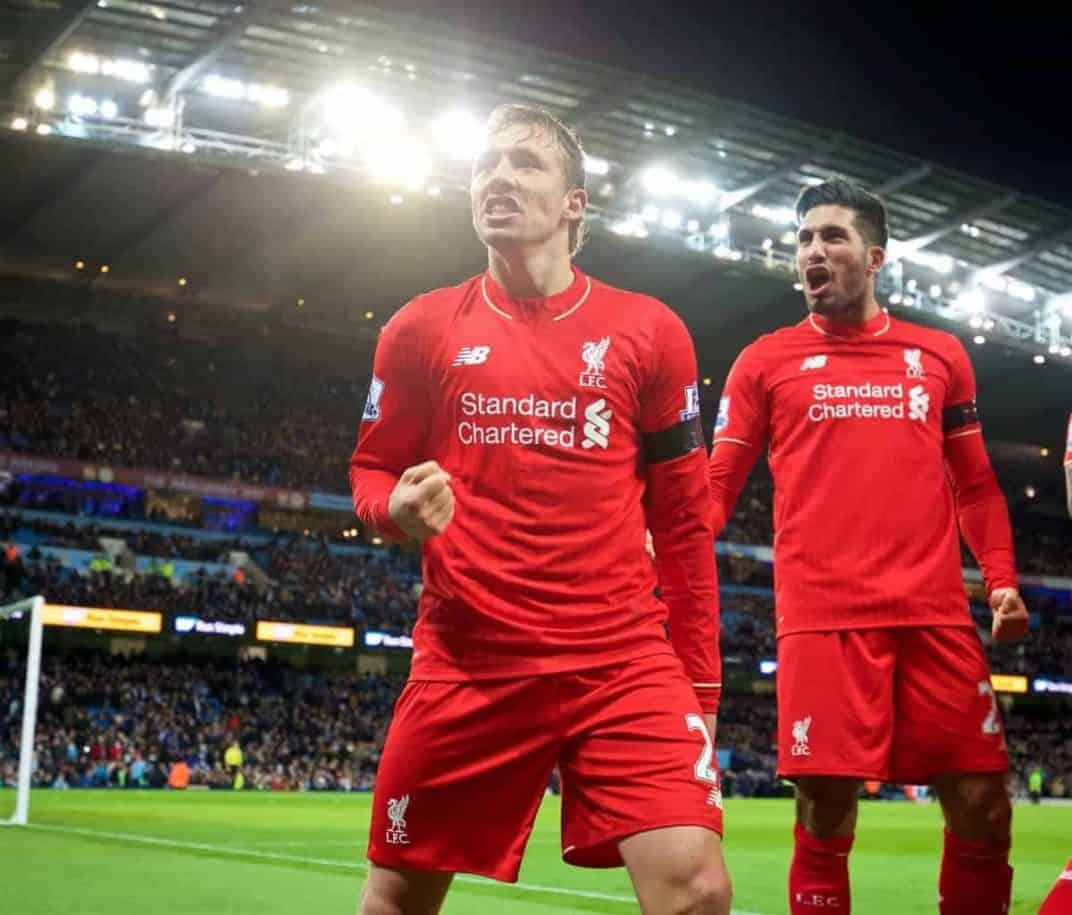 MANCHESTER, ENGLAND - Saturday, November 21, 2015: Liverpool's Lucas Leiva celebrates the the fourth goal against Manchester City, scored by Martin Skrtel, during the Premier League match at the City of Manchester Stadium. (Pic by David Rawcliffe/Propaganda)