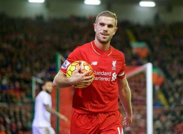 LIVERPOOL, ENGLAND - Sunday, November 29, 2015: Liverpool's captain Jordan Henderson in action against Swansea City during the Premier League match at Anfield. (Pic by David Rawcliffe/Propaganda)