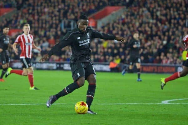 SOUTHAMPTON, ENGLAND - Wednesday, December 2, 2015: Liverpool's Divock Origi scores the fourth goal against Southampton during the Football League Cup Quarter-Final match at St. Mary's Stadium. (Pic by David Rawcliffe/Propaganda)