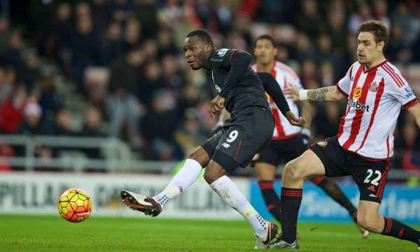 SUNDERLAND, ENGLAND - Wednesday, December 30, 2015: Liverpool's Christian Benteke scores the first goal against Sunderland during the Premier League match at the Stadium of Light. (Pic by David Rawcliffe/Propaganda)