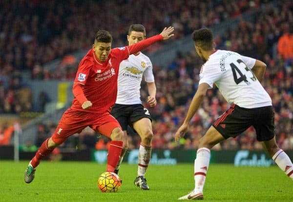 LIVERPOOL, ENGLAND - Sunday, January 17, 2016: Liverpool's Roberto Firmino in action against Manchester United during the Premier League match at Anfield. (Pic by David Rawcliffe/Propaganda)