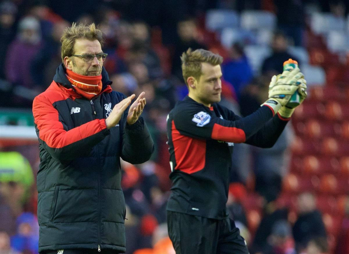 LIVERPOOL, ENGLAND - Sunday, January 17, 2016: Liverpool's manager Jürgen Klopp looks dejected after losing 1-0 to Manchester United during the Premier League match at Anfield. (Pic by David Rawcliffe/Propaganda)