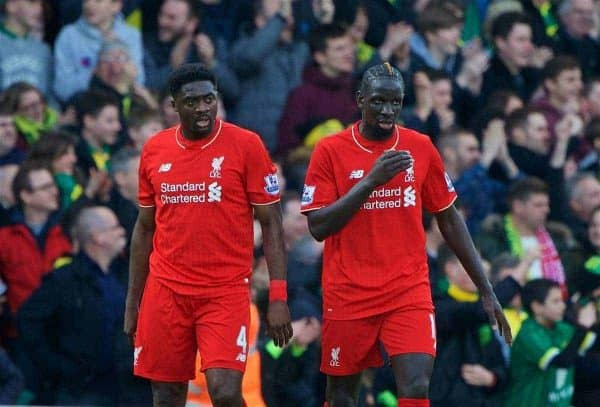 NORWICH, ENGLAND - Friday, January 22, 2016: Liverpool's Kolo Toure and Mamadou Sakho look dejected as Norwich City score the second goal during the Premiership match at Carrow Road. (Pic by David Rawcliffe/Propaganda)